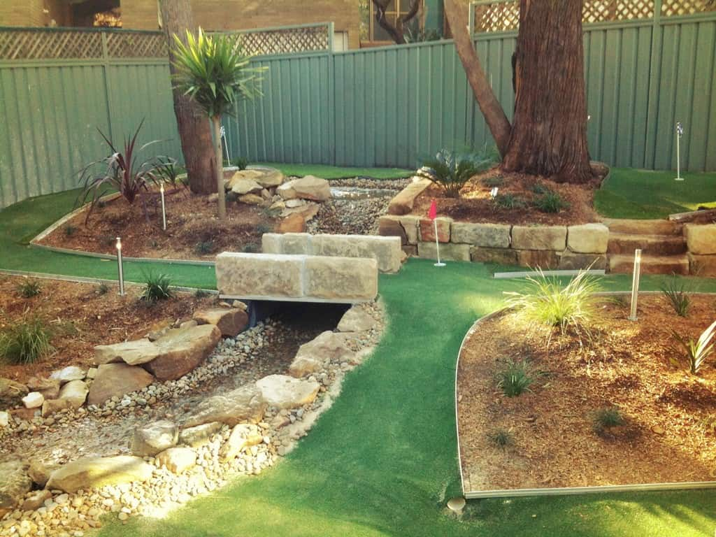 How To Build A Mini Golf Course In Your Backyard?